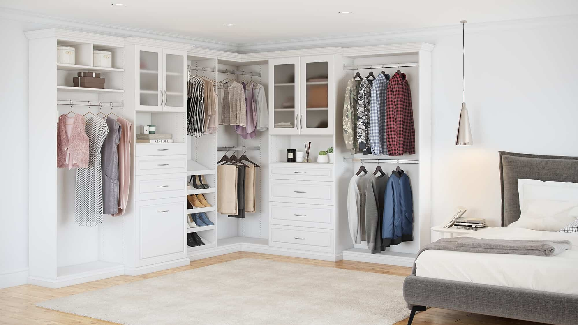 walk in closet gallery design your own closet with. Black Bedroom Furniture Sets. Home Design Ideas